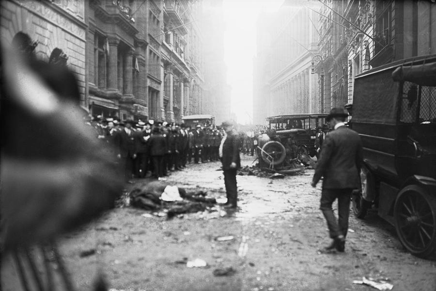 wall-street-1920s-blast-6